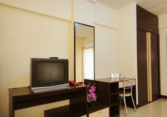 Fully-Furnished Single and Double Bedroom