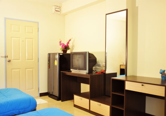 Fully-Furnished Double Bedroom